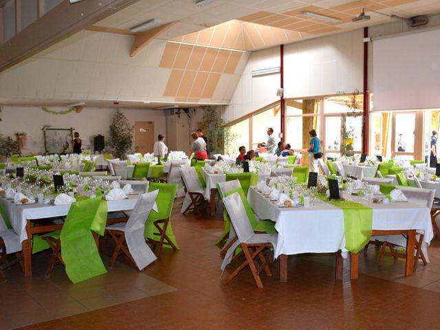 Le mariage de Xavier et Nathalie à Saint-Vincent-de-Paul, Landes 26