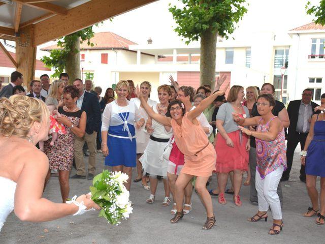 Le mariage de Xavier et Nathalie à Saint-Vincent-de-Paul, Landes 31