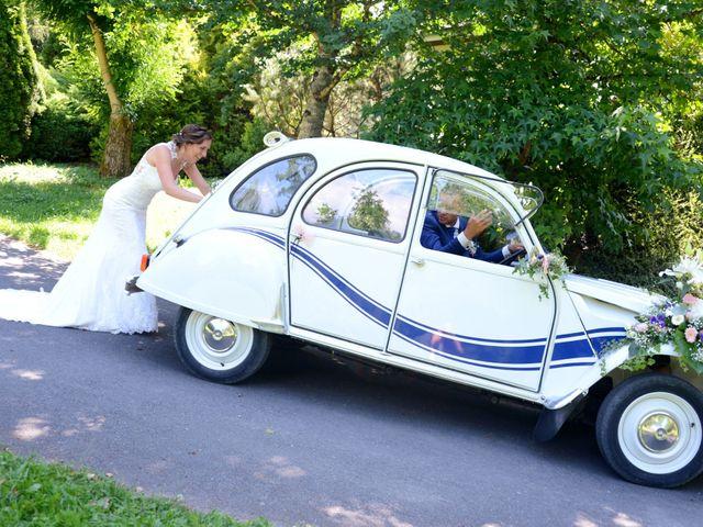 Le mariage de Cedric et Delphine à Le Perréon, Rhône 22