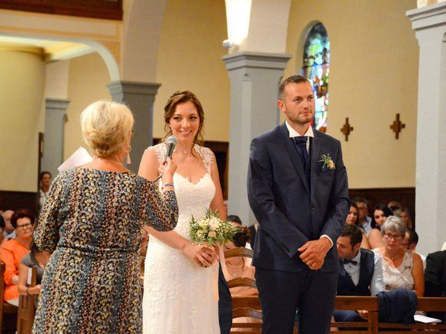 Le mariage de Cedric et Delphine à Le Perréon, Rhône 50
