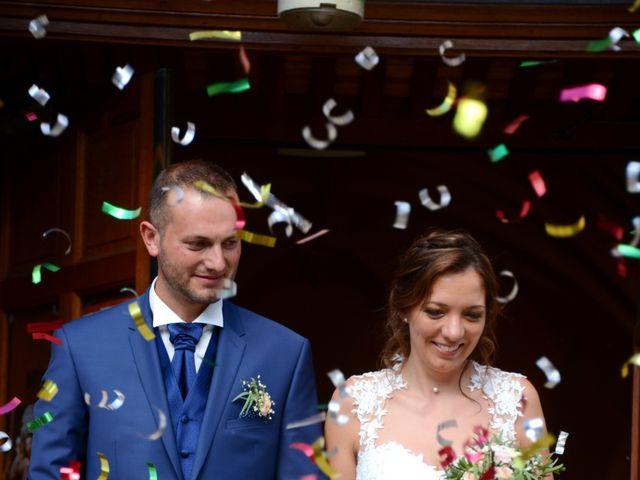 Le mariage de Cedric et Delphine à Le Perréon, Rhône 56