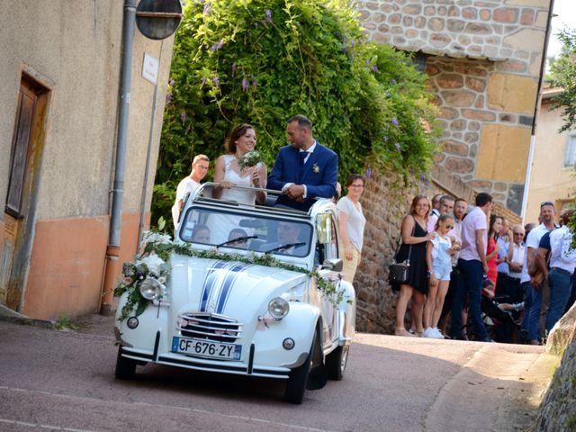 Le mariage de Cedric et Delphine à Le Perréon, Rhône 59