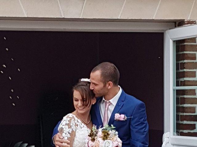 Le mariage de Anthony et Vanessa à Auneuil, Oise 5