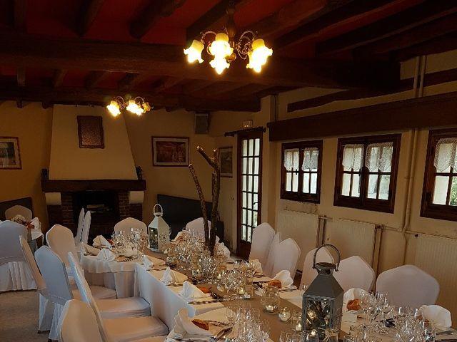 Le mariage de Anthony et Vanessa à Auneuil, Oise 11