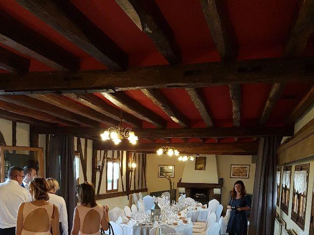 Le mariage de Anthony et Vanessa à Auneuil, Oise 12