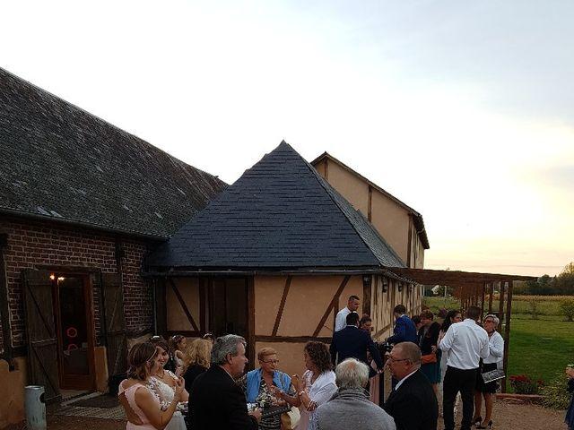 Le mariage de Anthony et Vanessa à Auneuil, Oise 14