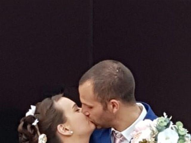 Le mariage de Anthony et Vanessa à Auneuil, Oise 15