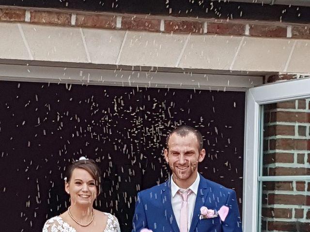 Le mariage de Anthony et Vanessa à Auneuil, Oise 16