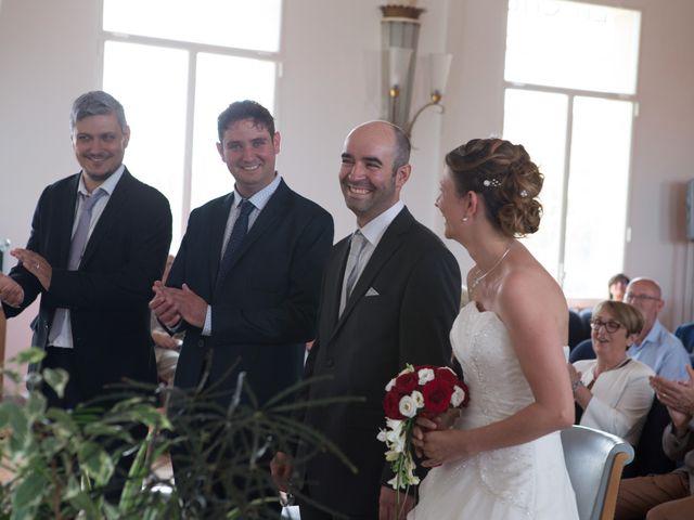 Le mariage de Mickaël et Marie-Charlotte à La Motte-Tilly, Aube 11