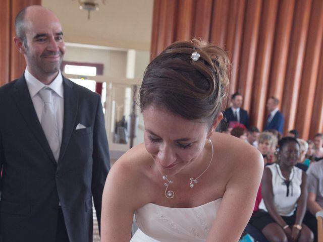 Le mariage de Mickaël et Marie-Charlotte à La Motte-Tilly, Aube 15