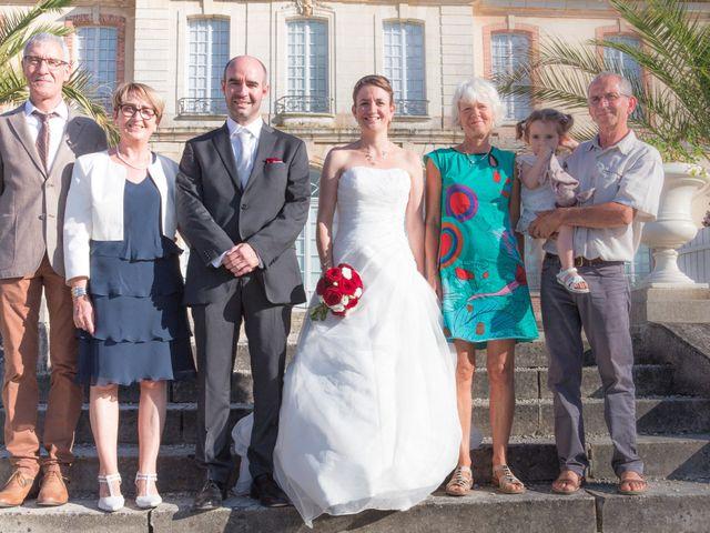 Le mariage de Mickaël et Marie-Charlotte à La Motte-Tilly, Aube 33