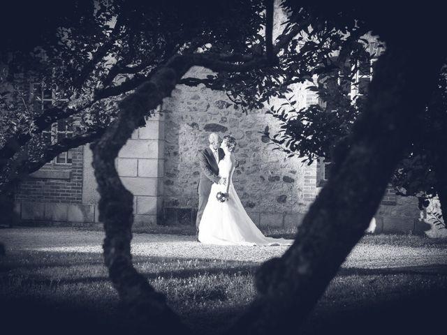 Le mariage de Mickaël et Marie-Charlotte à La Motte-Tilly, Aube 35