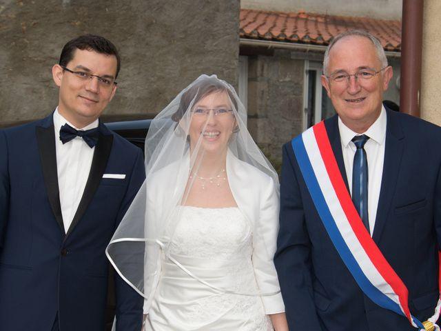 Le mariage de Damien et Sylvie à Beaulieu-sous-la-Roche, Vendée 8