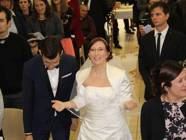 Le mariage de Damien et Sylvie à Beaulieu-sous-la-Roche, Vendée 12
