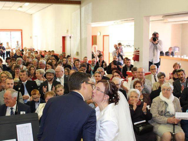 Le mariage de Damien et Sylvie à Beaulieu-sous-la-Roche, Vendée 14