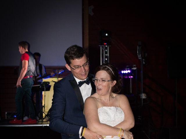 Le mariage de Damien et Sylvie à Beaulieu-sous-la-Roche, Vendée 44