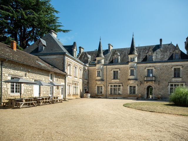 Le mariage de Oliver et Sarah à Angoulême, Charente 29