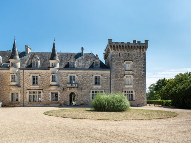 Le mariage de Oliver et Sarah à Angoulême, Charente 30