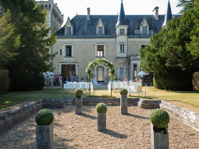 Le mariage de Oliver et Sarah à Angoulême, Charente 62