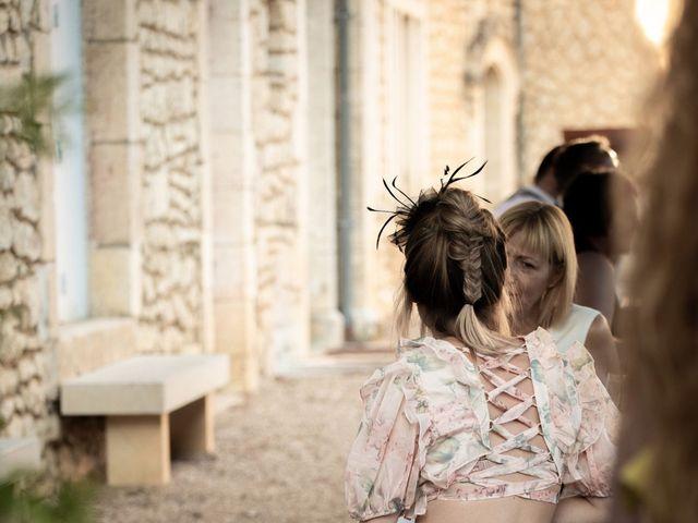 Le mariage de Oliver et Sarah à Angoulême, Charente 68