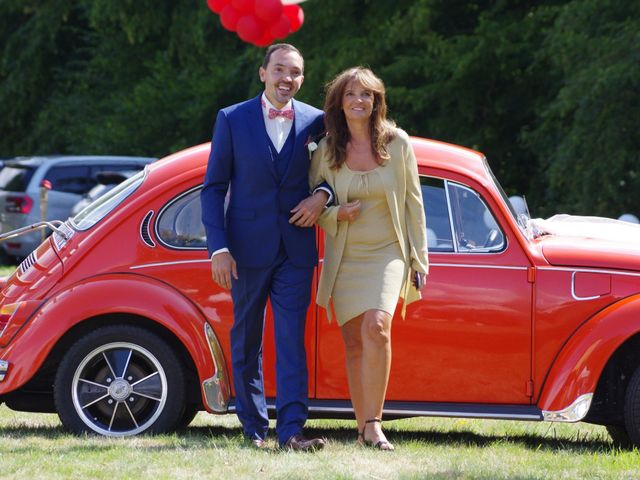 Le mariage de Antoine et Sarah à Bonneville-Aptot, Eure 10