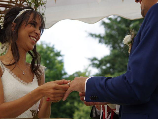 Le mariage de Antoine et Sarah à Bonneville-Aptot, Eure 21
