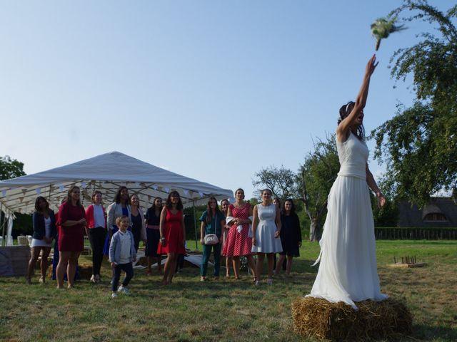 Le mariage de Antoine et Sarah à Bonneville-Aptot, Eure 35