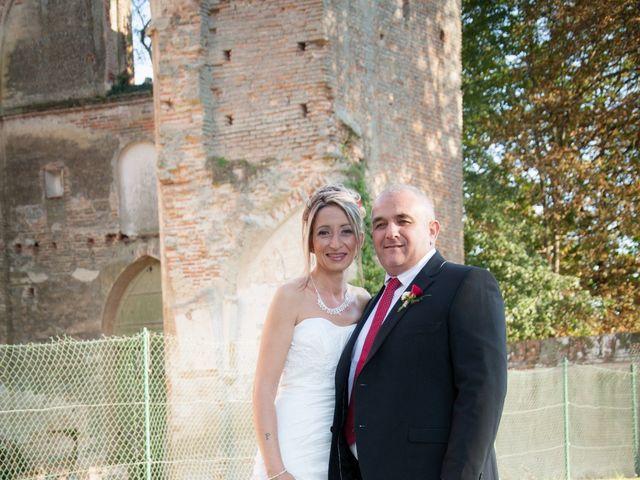 Le mariage de Christophe et Essia à Labarthe-sur-Lèze, Haute-Garonne 3