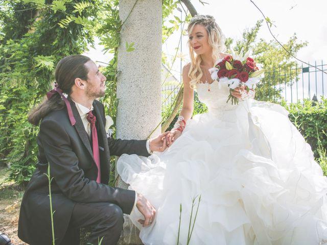 Le mariage de Anthony et Elodie à Le Coteau, Loire 5