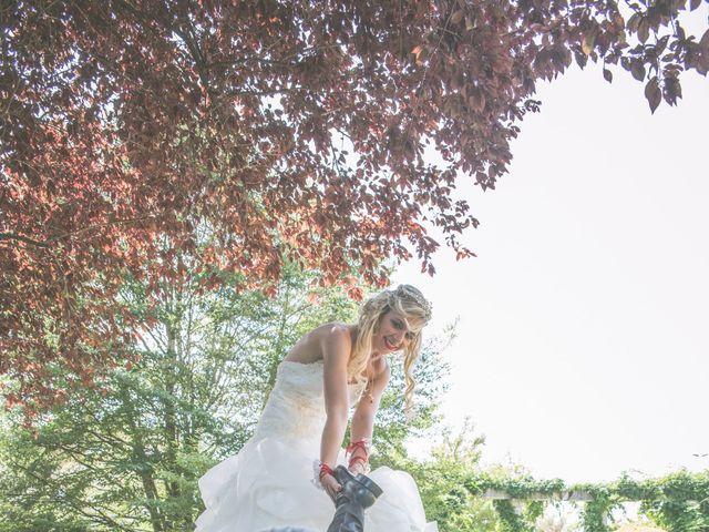 Le mariage de Anthony et Elodie à Le Coteau, Loire 6