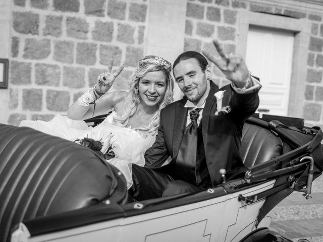 Le mariage de Anthony et Elodie à Le Coteau, Loire 11