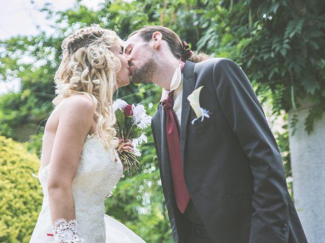Le mariage de Anthony et Elodie à Le Coteau, Loire 12
