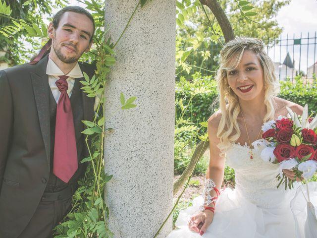 Le mariage de Anthony et Elodie à Le Coteau, Loire 14