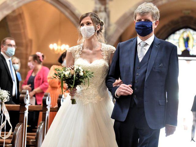 Le mariage de Pierre et Delphine à Urmatt, Bas Rhin 15