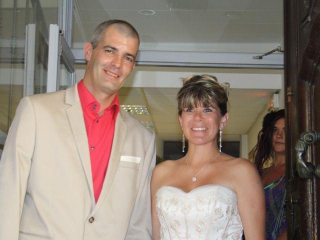 Le mariage de Aurélien et Sarah à Fayence, Var 12