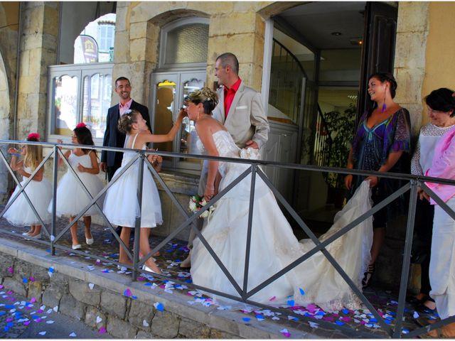 Le mariage de Aurélien et Sarah à Fayence, Var 14