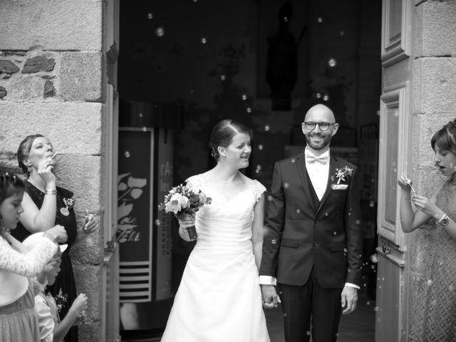 Le mariage de Erwan et Julie à Châteaugiron, Ille et Vilaine 16