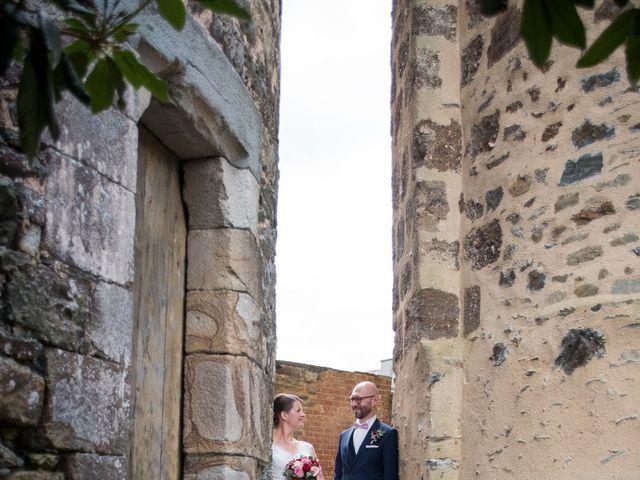 Le mariage de Erwan et Julie à Châteaugiron, Ille et Vilaine 24