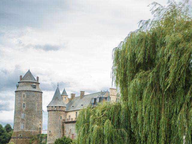 Le mariage de Erwan et Julie à Châteaugiron, Ille et Vilaine 32