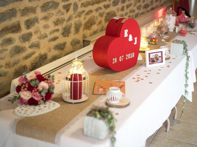 Le mariage de Erwan et Julie à Châteaugiron, Ille et Vilaine 40