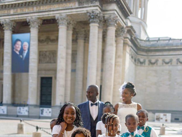 Le mariage de Zoubair et Coralie à Paris, Paris 36