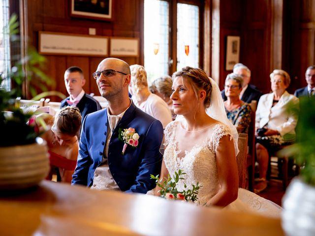 Le mariage de Emmanuel et Stéphanie à Bailleul, Nord 38