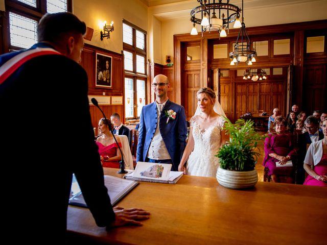 Le mariage de Emmanuel et Stéphanie à Bailleul, Nord 40