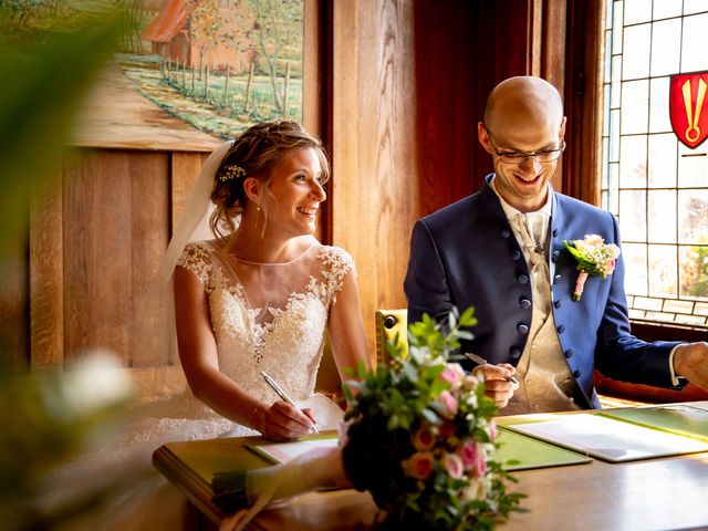 Le mariage de Emmanuel et Stéphanie à Bailleul, Nord 42