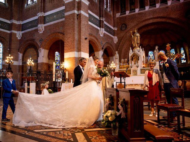 Le mariage de Emmanuel et Stéphanie à Bailleul, Nord 48