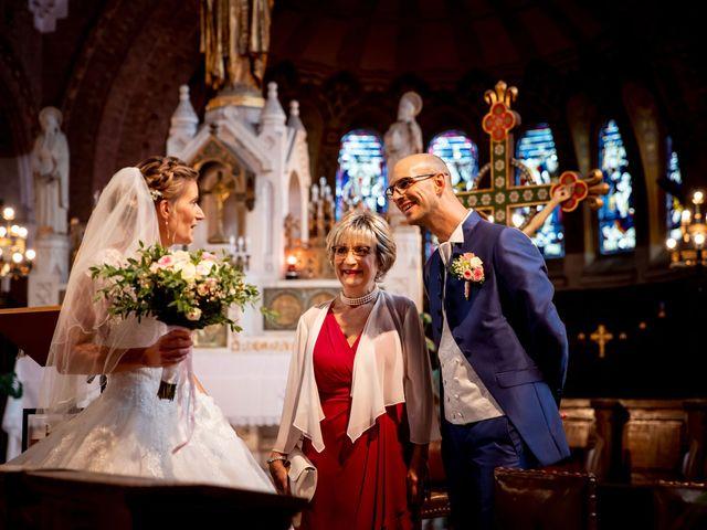 Le mariage de Emmanuel et Stéphanie à Bailleul, Nord 49