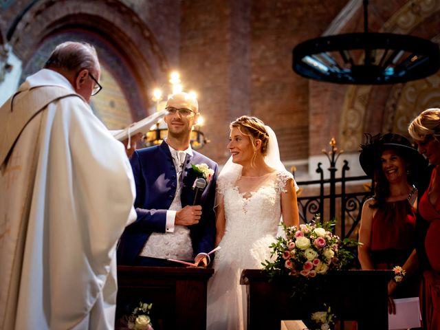 Le mariage de Emmanuel et Stéphanie à Bailleul, Nord 55