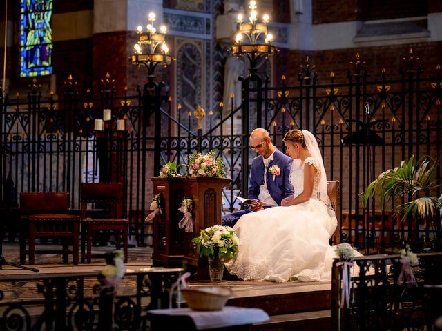Le mariage de Emmanuel et Stéphanie à Bailleul, Nord 61