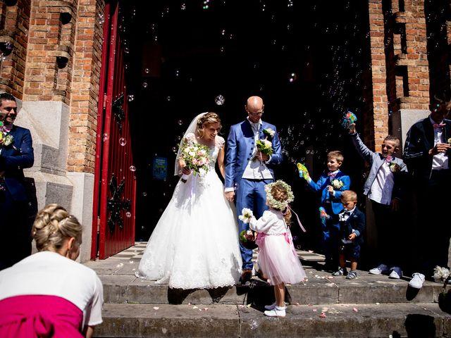 Le mariage de Emmanuel et Stéphanie à Bailleul, Nord 67