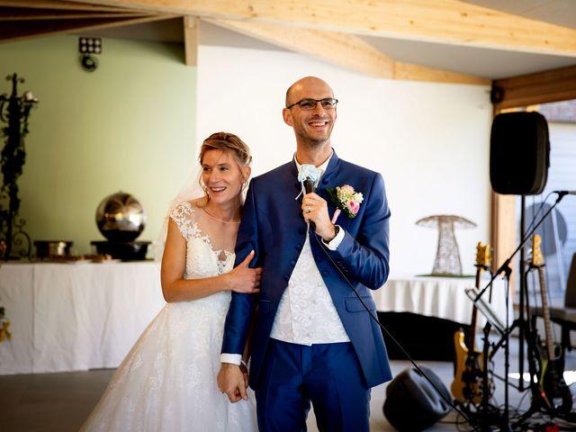 Le mariage de Emmanuel et Stéphanie à Bailleul, Nord 77